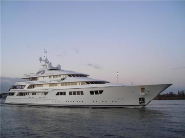 Super Yacht Ocean Victory - Heating by Speedheat Floor Heating